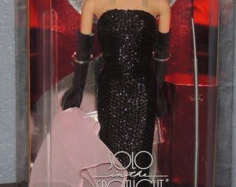 1994 SOLO in the Spotlight Barbie Collectors Edition NRFB