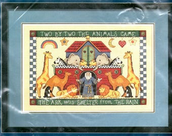 Shelter from the Rain Kit Noah's Ark Rainbow Stars Moon Giraffe Camel Lions Penguins Rabbits Counted Cross Stitch Embroidery Craft Pattern