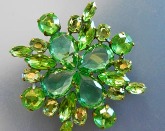 Sparkling CZECH Vtg Vibrant Nuances of Green Glass Brooch - Unfoiled Bohemian rhinestones, Great accent brooch for your style-- art.943/4