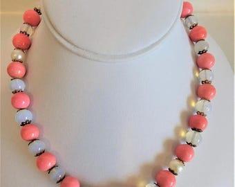 ON SALE Vintage 1940's  Czechoslovakia Glass Bead Necklace