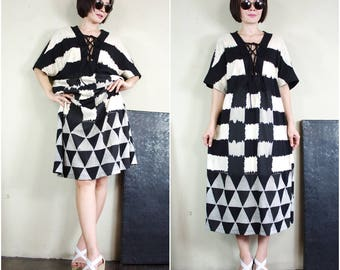 Boho Chic Funky Casual Oversize Deep V Neck Checked & Triangle Discharge Print Black Cotton Midi Dress Tunic