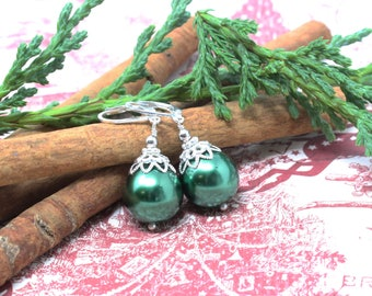 Green Christmas Earrings, Christmas Ornament Earrings, Holiday Earrings Green, Holiday Jewelry, Christmas Jewelry, Christmas Gifts for Her