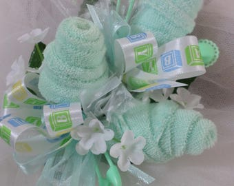 Green And Aqua Baby Shower Corsage - Pin On Floral Corsage - Washcloths corsage - Baby Shower Items