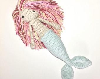 Amigurumi stuffed mermaid toy plush