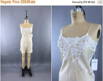 SALE - Vintage 1930s Step In / 1920s Slip Lingerie / 30s Silk Slip / Art Deco Flapper / Downton Abbey / Size XS Small