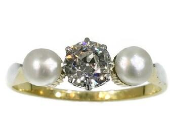 Three stone engagement ring diamond pearl yellow gold vintage ring circa 1910