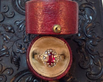SALE - Vintage Stunning Art Deco Ruby and Diamond Halo Ring in 10k Yellow Gold - Sz 5.25