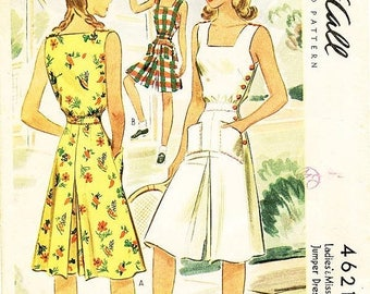 On Sale Vintage 1940s Playsuit Pattern - McCall 4621 - Misses' Culotte Jumper Dress with Side-Button Closure - SZ 16/Bust 34