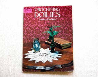 Crochet Doily Pattern Book, Rita Weiss, Crocheting Doilies, Thread Crochet Patterns, Dover Needlework Series, Vintage, Table Lace Designs