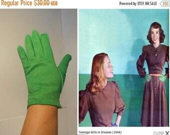 Anniversary Sale 35% Off Bobby Socks Gal - Vintage 1940s Bright Green Nylon Over Wrist Gloves - 7 1/2