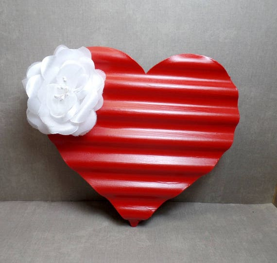 Red & White Metal Heart Wall Art - Heart Wall Hanging - Shabby Chic Heart - Heart Decor - Free US Shipping - Gifts