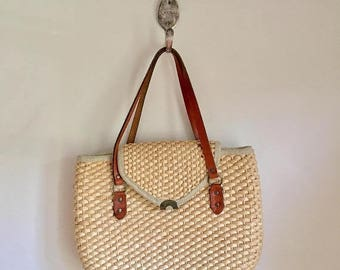 20% off SALE vintage straw purse - NATURALLY woven shoulder bag