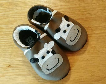 Baby shoes, brown leather with cows, Holstein size 4/ 6-12 months, soft soled moccasins