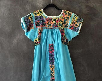 SALE 70s 60s Mexican Oaxacan Embroidered Turquoise Kaftan Muumuu Maxi Dress Boho Hippie Bohemian Ladies Size S/M