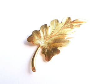 Vintage Leaf Brooch by Monet, Signed, Goldtone Scalloped Textured Leaf, Womens 60s Fashion Accessory Pin