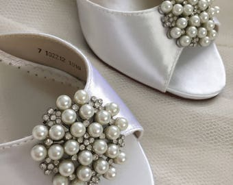 Wedding Shoes - Pearl Wedding Shoe Clips - Pearl & Crystal Wedding Shoe Clips - Wedding Shoe Clips - Removable Shoe Clips - Pearl Wedding