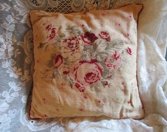 """Vtg Pretty Pink Cabbage Roses Designs Shabby Cottage Chic Cotton Floral Throw Pillow, 16"""" x 16"""""""
