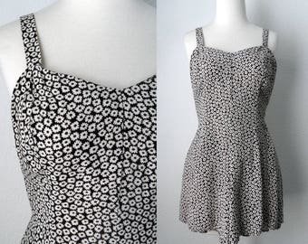 90s Grunge Black White Floral Daisy Print Tank Romper with Sweetheart Neckline Boho size Small