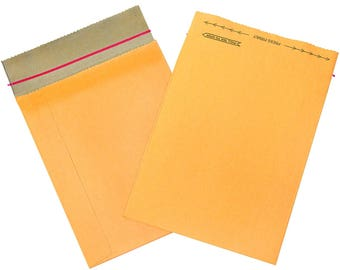 "Rigid Envelope Mailer. set of 40.  8-1/2"" x 10-1/2"" closed.  self-sealing.  tear strip opening.  90% recycled paper.  recyclable.  packaging"