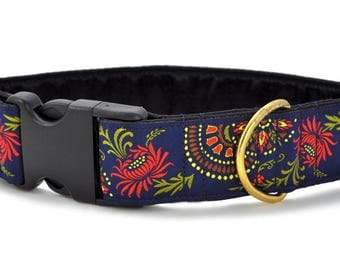 "Ready-to-Ship: Flower Burst Jacquard in Navy - 1.5"" Buckle Collar - MEDIUM - Brass Hardware"
