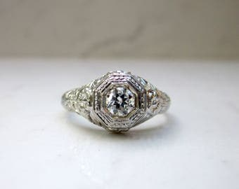 Antique Art Deco Diamond Filigree Solitaire Engagement Ring in 18k Solid White Gold, Size 6.5