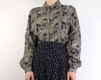 VINTAGE 1980s Blouse Printed Shirt Button Up Longsleeve