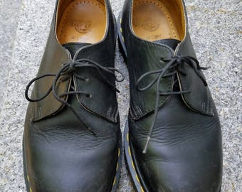 Vintage Black Leather Oxfords 3 Eye Doc Marten Dr Marten Shoes Size 6 UK Unisex