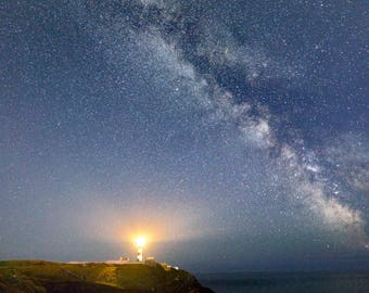 the milkyway over the oldhead lighthouse in west cork ireland
