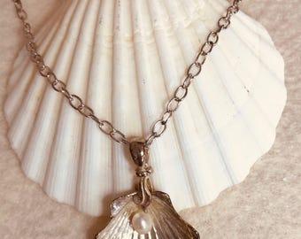 Fine silver scallop