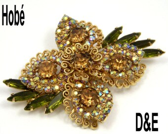 Hobe Signed Vintage Brooch by D&E