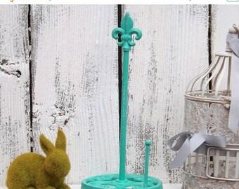 ON SALE AQUAMARINE Paper towel holder / Fleur de lis/ Cast Iron  / Metal /Kitchen Decor/ Shabby Chic Kitchen