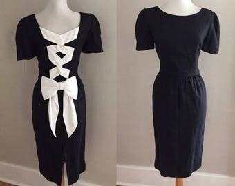 VINTAGE 60s Dress | 80s Black Cocktail Dress w Bow / Retro 60s 80s Dress / Wiggle Dress | Little Black Dress / 1960s Mad Men Audrey Hepburn