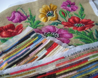 Lot of 3 completed knit and needlepoint pillow panels vintage floral mod crafty sample panels