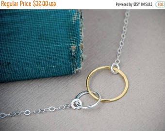 Mother Daughter Circle Necklace, SILVER and GOLD Mixed Metals Necklace, Interlocking Rings Necklace, Bridesmaid Jewelry, Circle Necklace