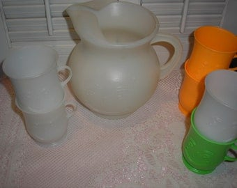 Kool Aid Plastic Pitcher W/six Mugs Cups