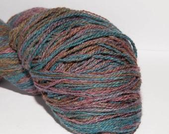 KAUNI Undyed Wool Yarn, Worsted Weight 8/2  2ply, 100% wool Gradient