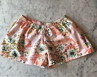 Bridesmaid Boxer Shorts. Womens Pajamas.  Boxer Shorts.  Womens Pajama Pants.  Bridesmaid Pajama Sets. Pajama Set. Bridal Set. Pink Posies.