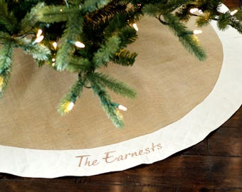 Wedding Gift. Wedding Present. Personalized Christmas Tree Skirt. Unique Burlap Christmas Tree Skirt with Ivory or White Quilted Trim.