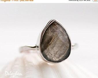 40 OFF - Labradorite Ring - Statement Ring - Gemstone Ring - Silver Ring - Stackable rings - Bezel Set Ring - Cushion Cut Ring