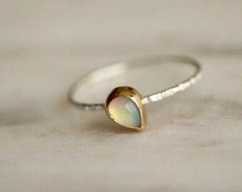 Pear shaped opal ring, opal ring, thin band, minimalist jewelry, simple ring, gift, anniversary gift, bridesmaid gift