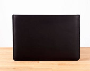"""NEW late 2016 15"""" MacBook Pro with Retina Display - Leather Sleeve Case in Black"""