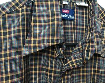 Vintage Levi's Plaid Shirt Movin On Long Sleeve Sz Large Tapered Fit Levi