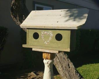 Rustic birdhouse,primitive  birdhouse,farmhouse,garden decor,heart wreath,outdoor birdhouse,unique birdhouse,green,antique birdhouse,