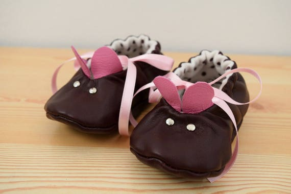 Leather baby shoes,baby booties,leather shoes,mouse baby shoes,brown shoes,brown leather shoes,baby shoes leather,maryjane shoes,baby girl