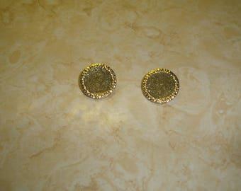 vintage clip on earrings goldtone green glitter enamel