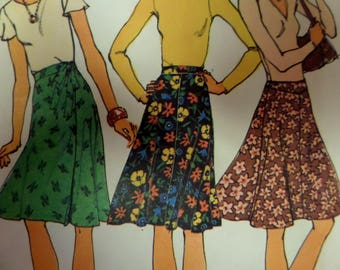 TIE WRAP SKIRT Pattern • Simplicity 6700 • Miss 10 • Yoked Skirt • Front Wrap Skirt • Sewing Patterns • Vintage Patterns • WhiletheCatNaps
