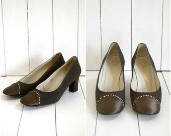 Summer Sale Vintage 60s Maria di Marco brown satin and rhonestone heels / Italian pumps
