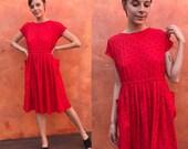 Vintage 1970s 1980s Red Black Polka dot midi dress. Secretary casual dinner date. Casual print dress. pockets