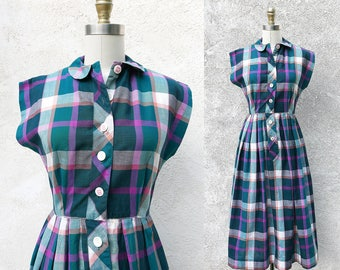 50s Cotton Frock in Green Plaid with Cap Sleeves and a Peter Pan Collar