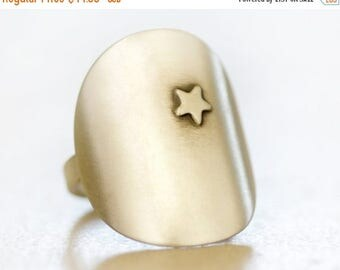 SUMMER SALE Silver Star Ring / Silver Ring / Star Jewelry / Organic Earthy Bohemian / Gift for Her / Boho Chic / Starry Night Ring